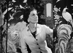 Coco Chanel in her apartment 2 768x562